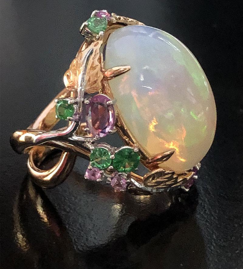 Esperti pietre preziose progettazione gioielli su misura 3
